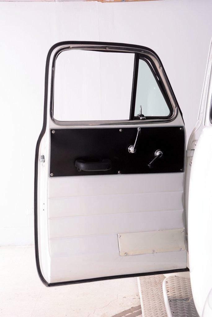 1952 Chevrolet 3100 Image 76