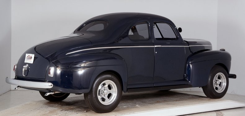 1941 Ford  Image 3