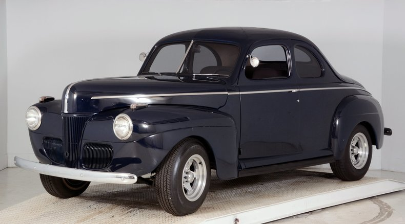 1941 Ford  Image 25