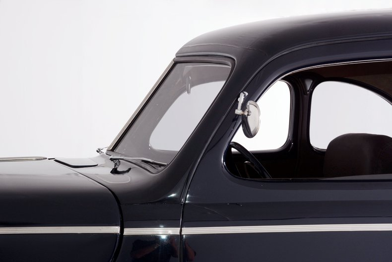 1941 Ford  Image 26