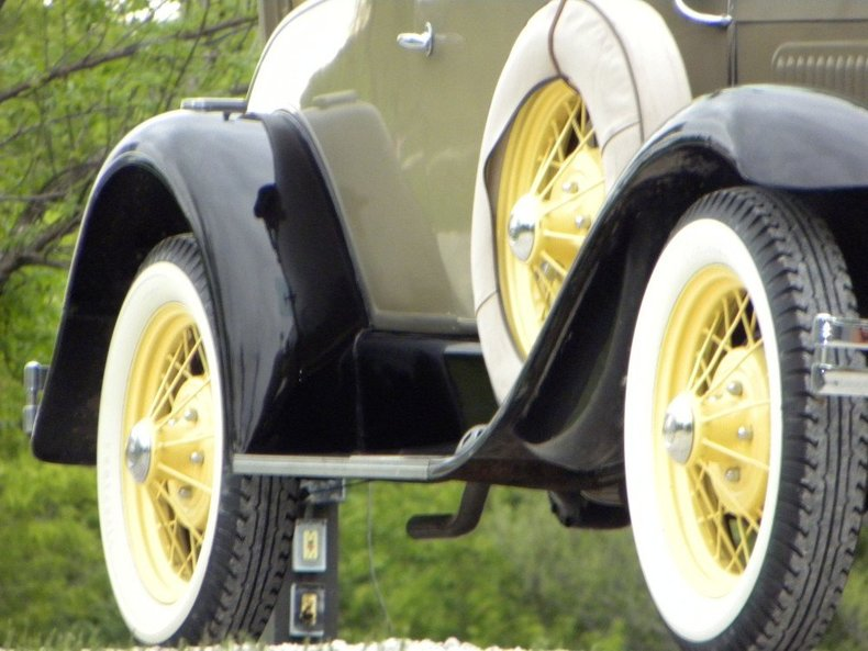 1931 Ford Model A Image 80