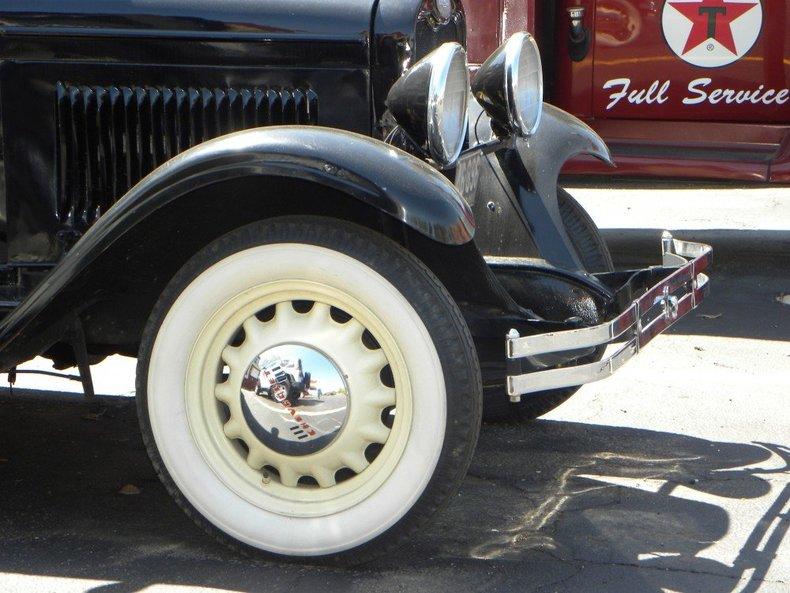 1928 Chevrolet  Image 14