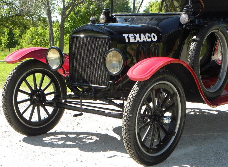 1917 Ford Model T Image 38