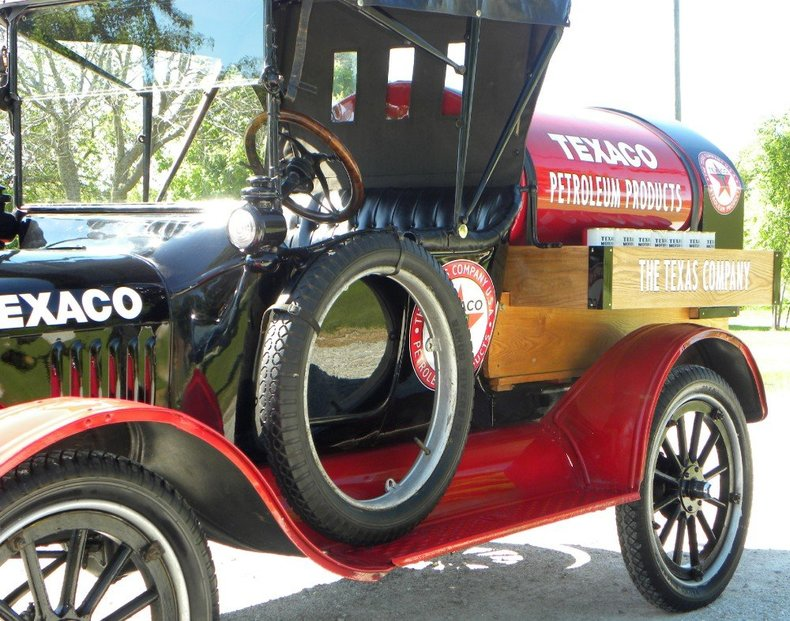 1917 Ford Model T Image 39