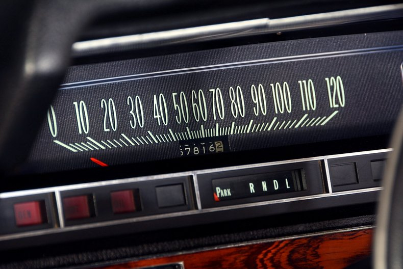 1970 Chevrolet Impala Image 11