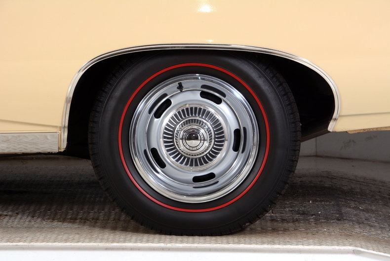 1970 Chevrolet Impala Image 25