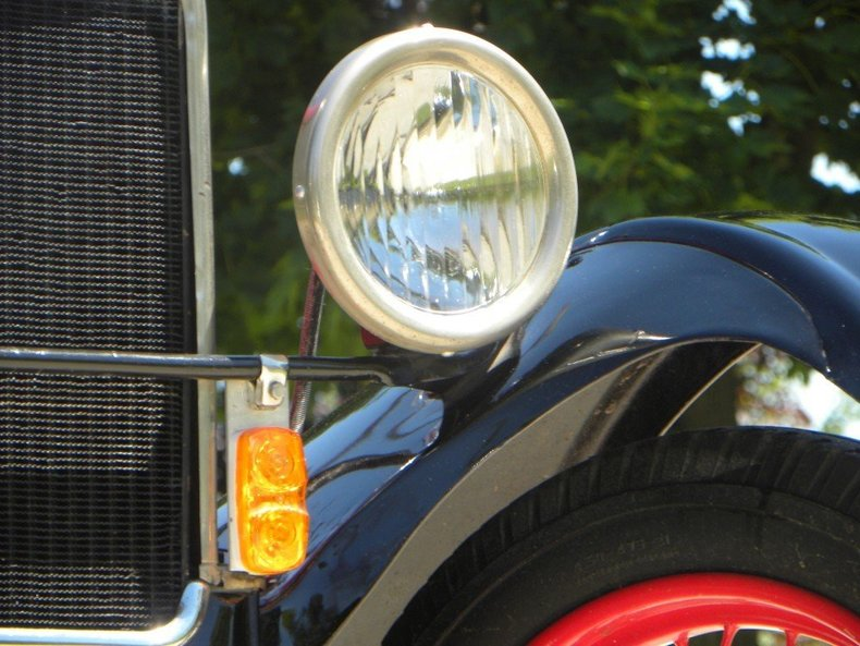 1927 Ford Model T Image 19