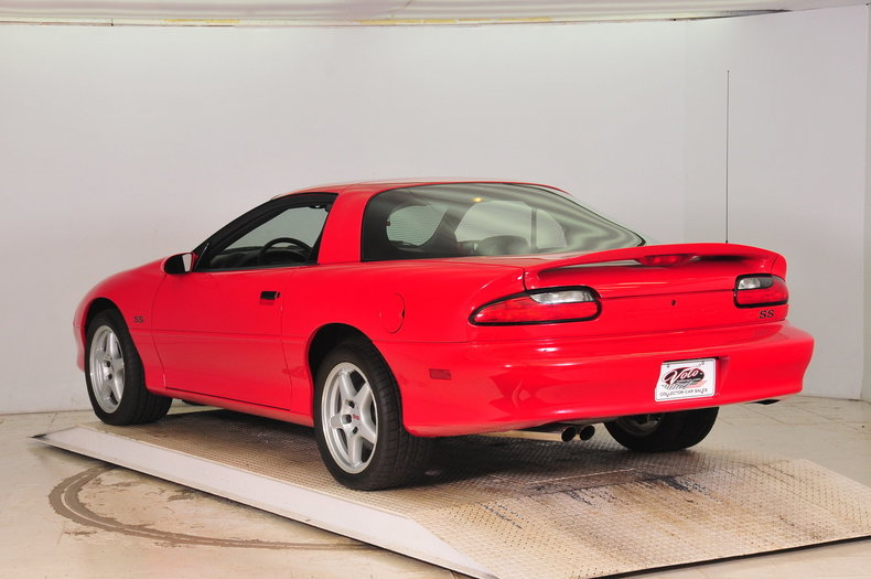 1996 Chevrolet Camaro Image 3