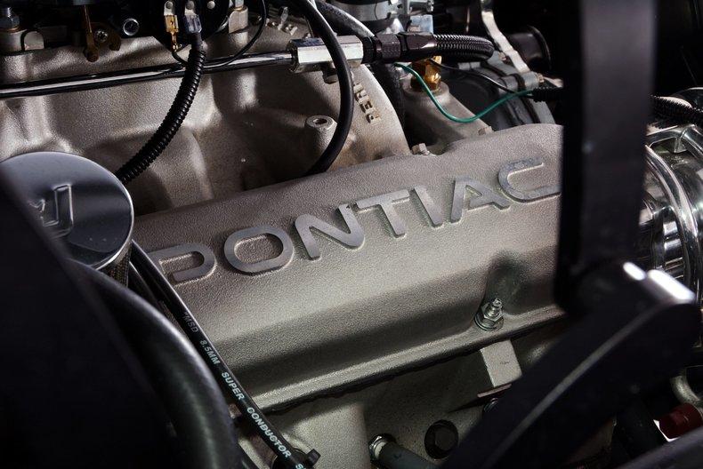 1968 Pontiac Firebird Image 7