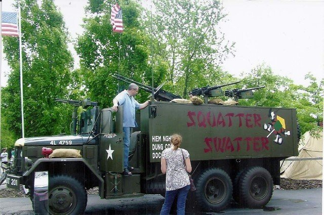 Squatter Swatter Image 9