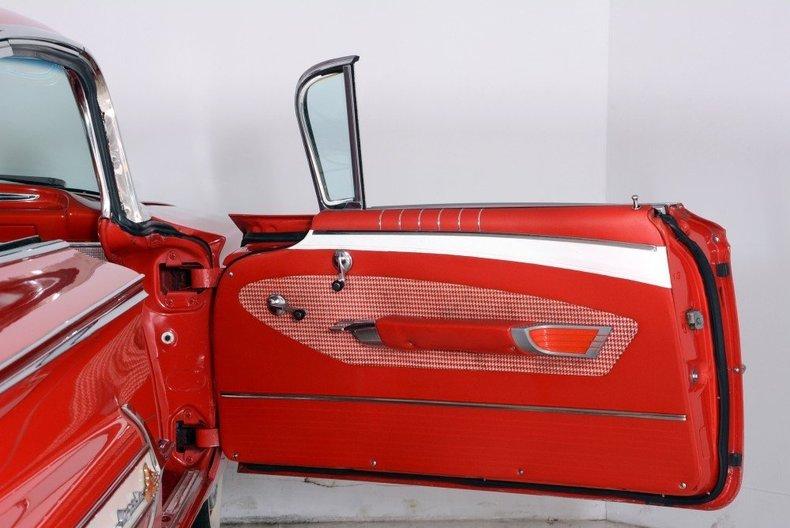 1960 Chevrolet Impala Image 22