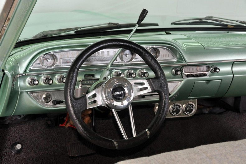 1962 Ford Galaxie 500 Image 2