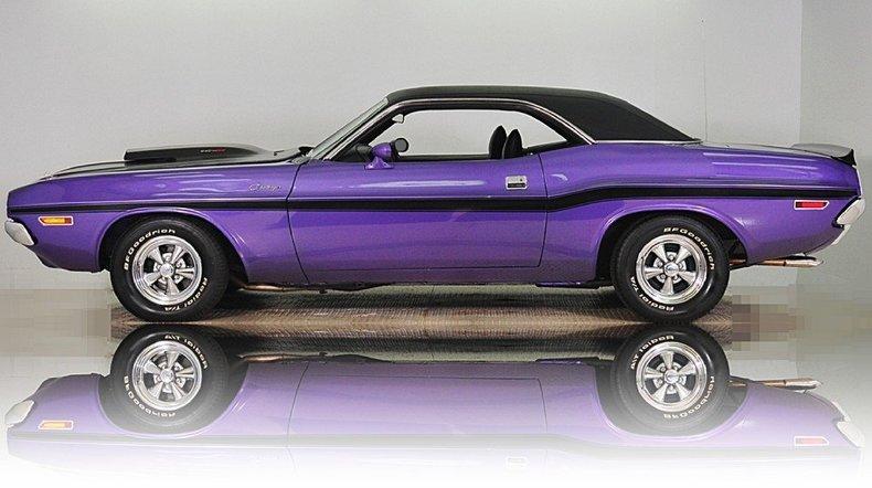 1970 Dodge Challenger Image 11
