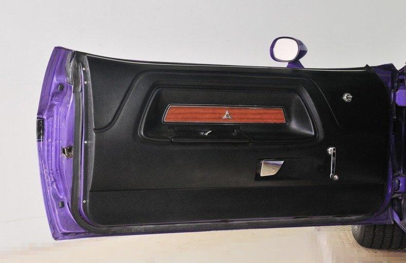 1970 Dodge Challenger Image 23