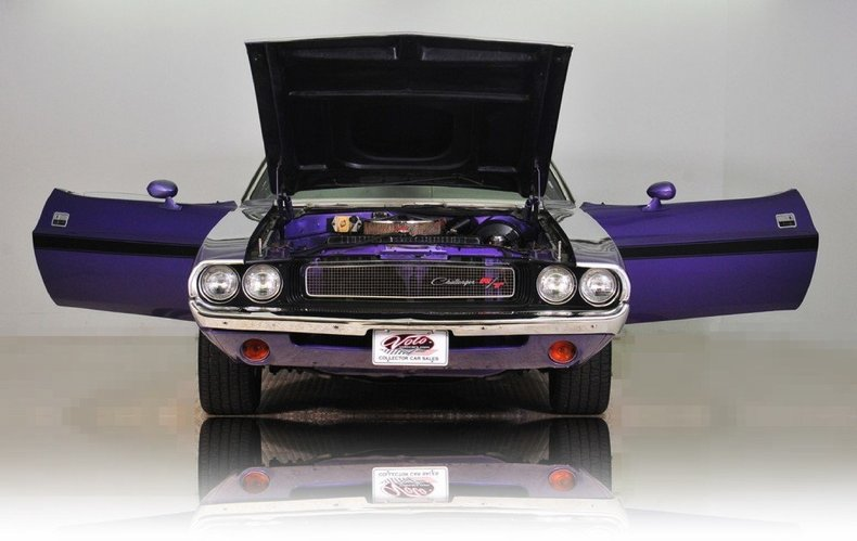 1970 Dodge Challenger Image 26