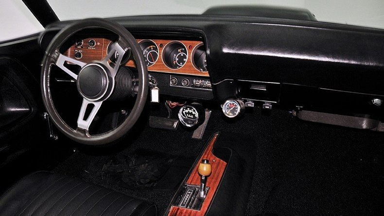 1970 Dodge Challenger Image 52