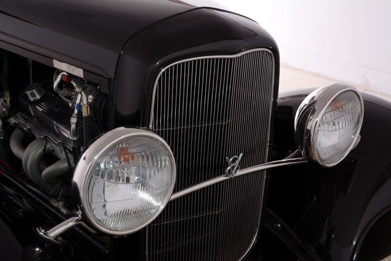 1932 Ford Coupe Image 5