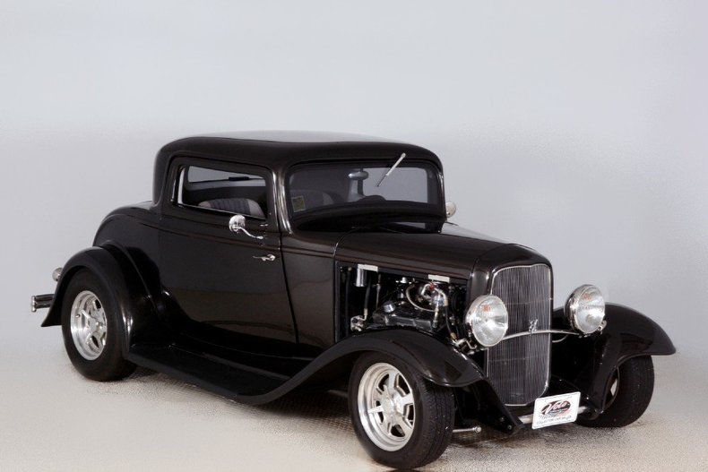1932 Ford Coupe Image 43