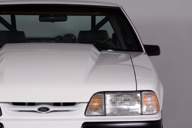 1991 Ford Mustang Image 26