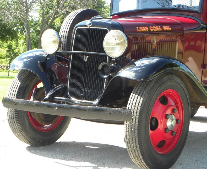 1934 Ford  Image 26