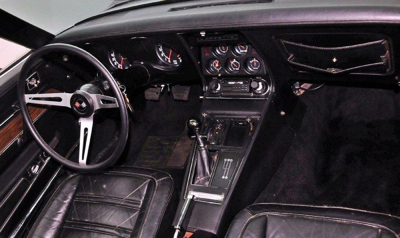 1972 Chevrolet Corvette Image 7