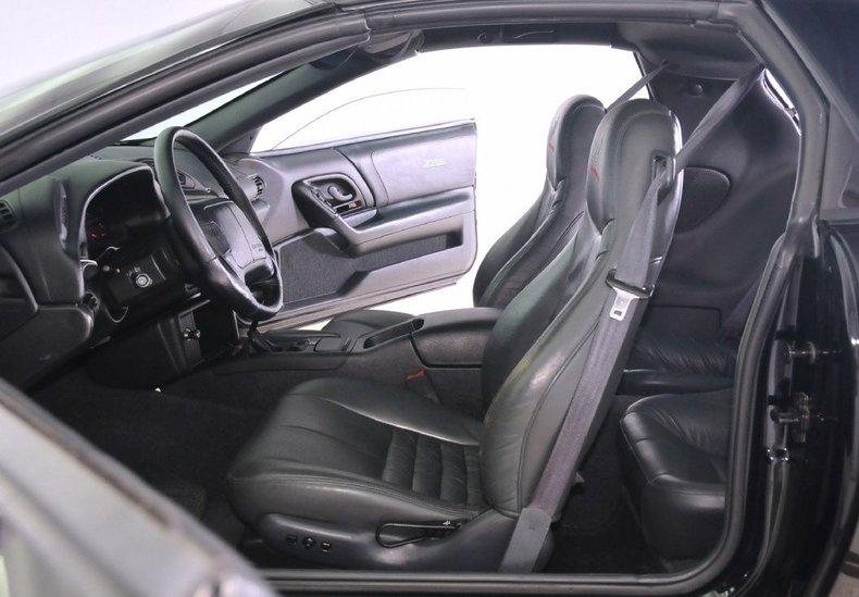 1994 Chevrolet  Image 2