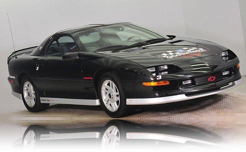 1994 Chevrolet  Image 19