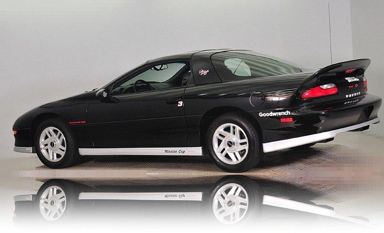 1994 Chevrolet  Image 27