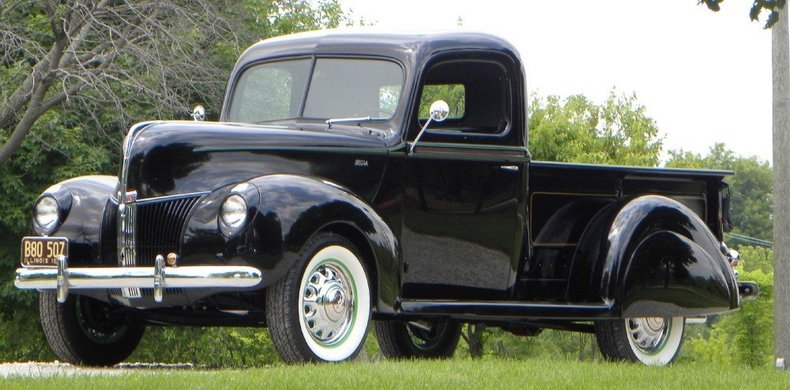 1940 Ford  Image 4