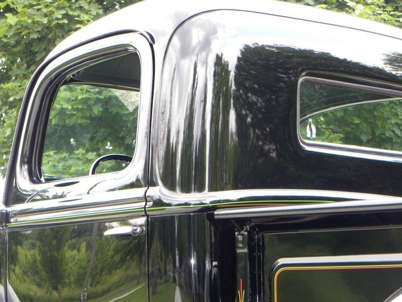 1940 Ford  Image 29