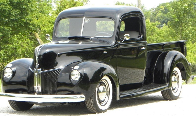 1940 Ford  Image 6