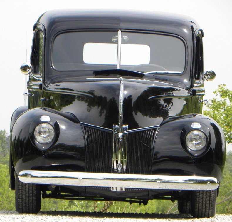 1940 Ford  Image 7