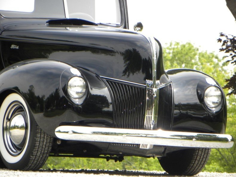 1940 Ford  Image 8