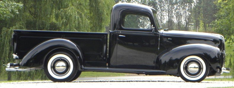 1940 Ford  Image 9