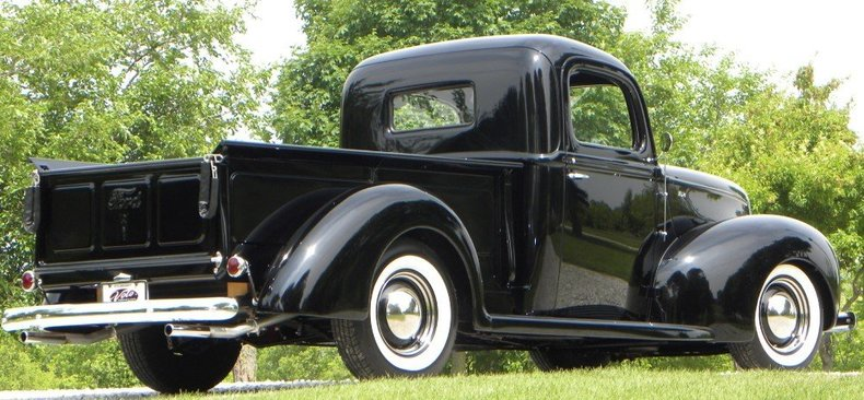 1940 Ford  Image 21