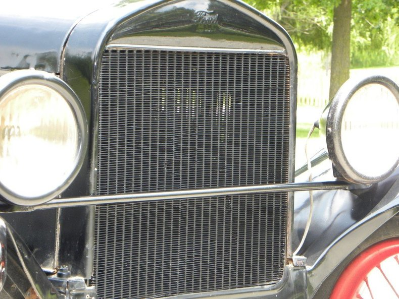 1927 Ford Model T Image 17