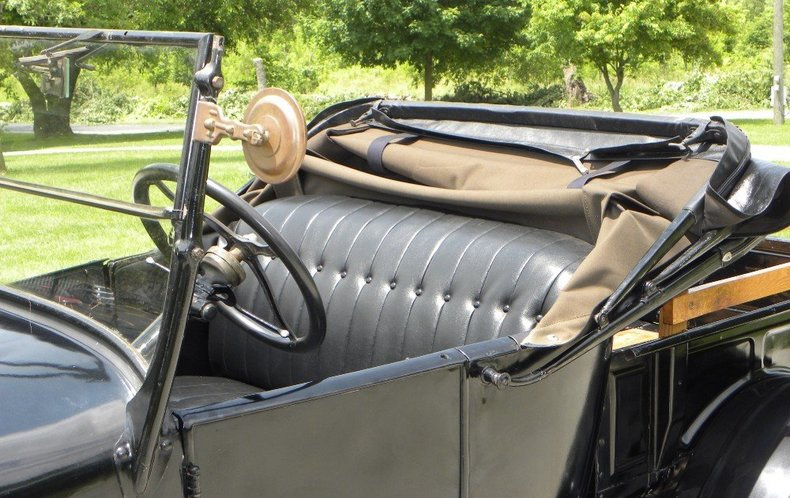 1927 Ford Model T Image 21