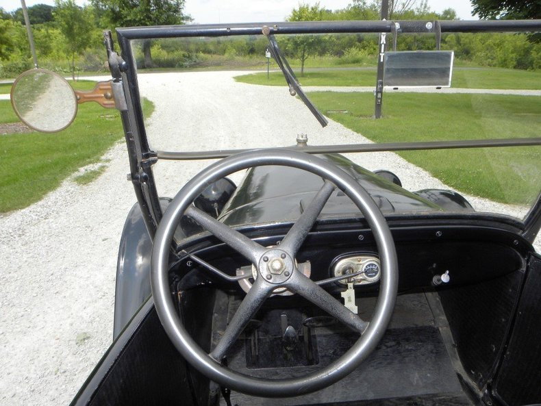 1927 Ford Model T Image 42