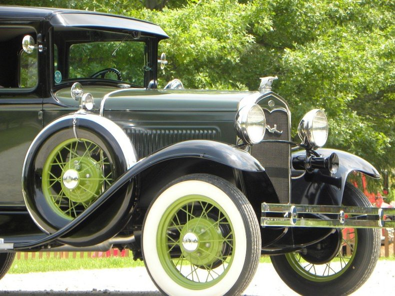 1930 Ford  Image 12