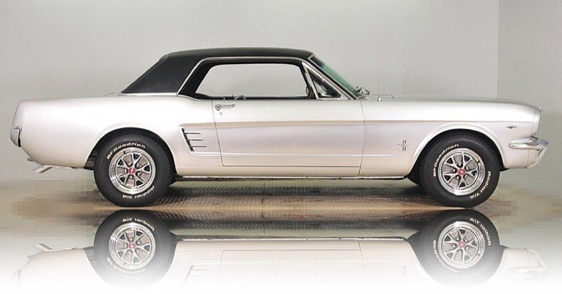 1966 Ford Mustang Image 10