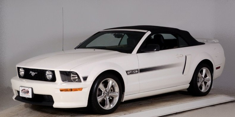 2008 Ford Mustang Image 30