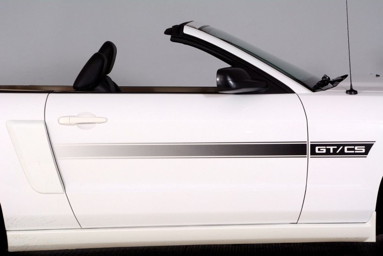 2008 Ford Mustang Image 33