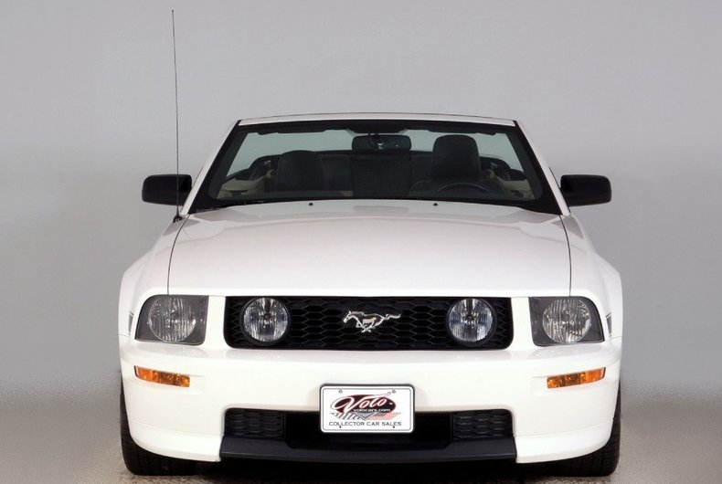 2008 Ford Mustang Image 43