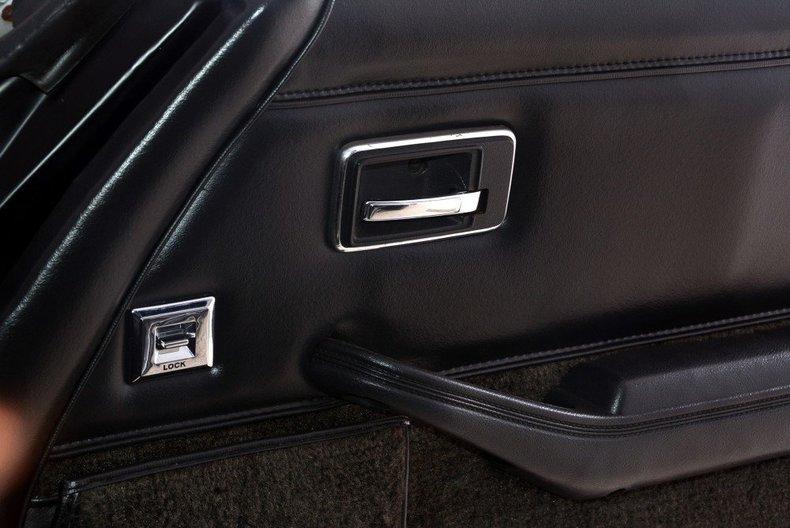 1981 Chevrolet Corvette Image 34