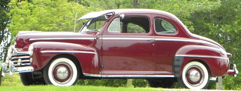 1947 Ford Deluxe Image 2