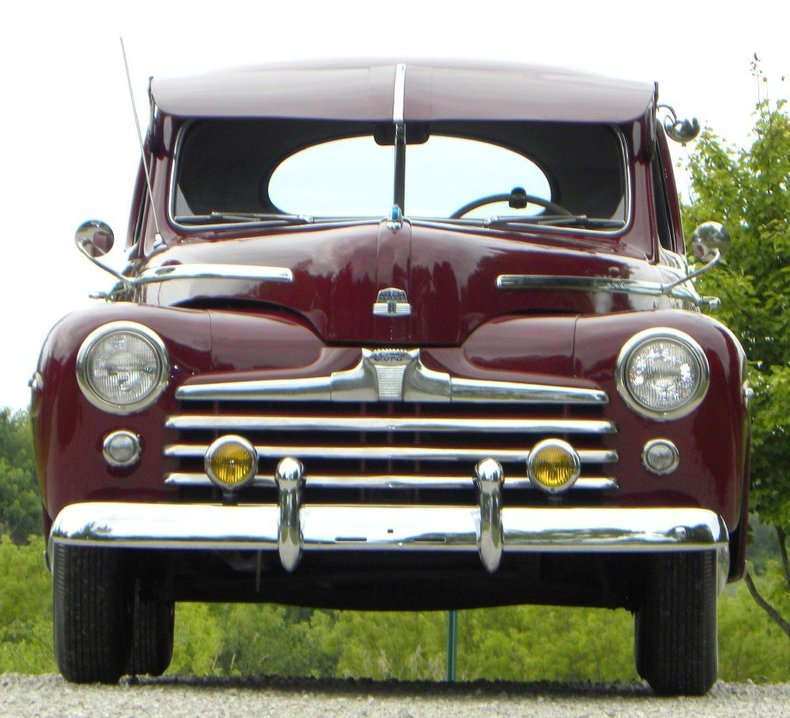 1947 Ford Deluxe Image 5