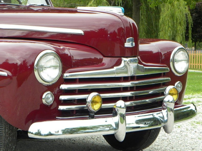 1947 Ford Deluxe Image 8