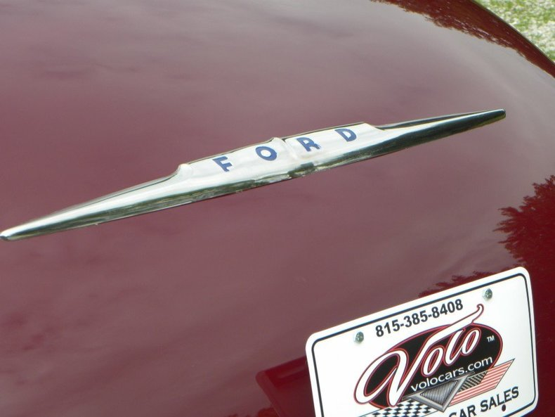 1947 Ford Deluxe Image 27