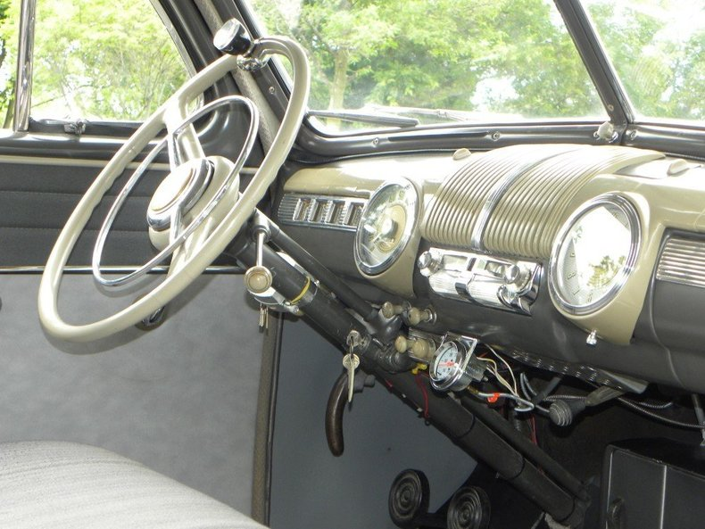 1947 Ford Deluxe Image 33