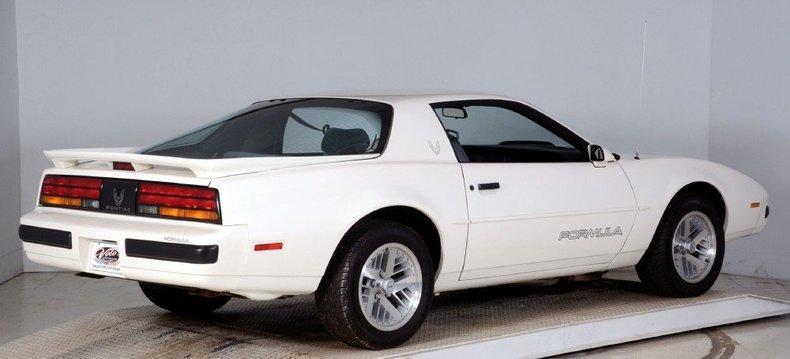 1989 Pontiac Formula Image 3